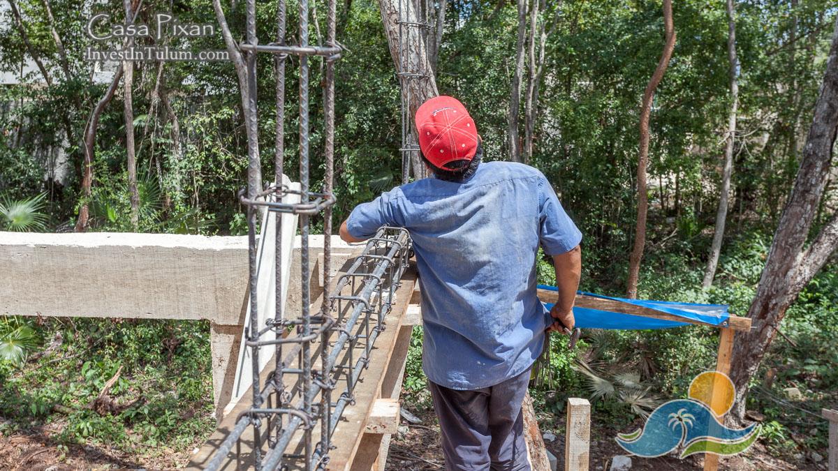 Video : Pouring Concrete Castillo at Casa Pixán